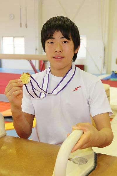 体操全日本Jrあん馬で頂点